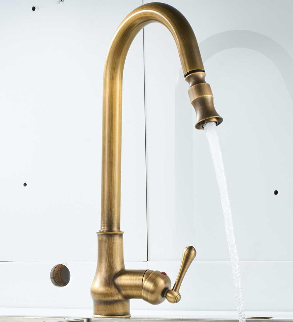 Trek Warm En Koud Water Tap Europa Antiek Messing Mixer Sink Swivel 360 Graden Mixer Pull Down Keuken Kranen enkel Gat