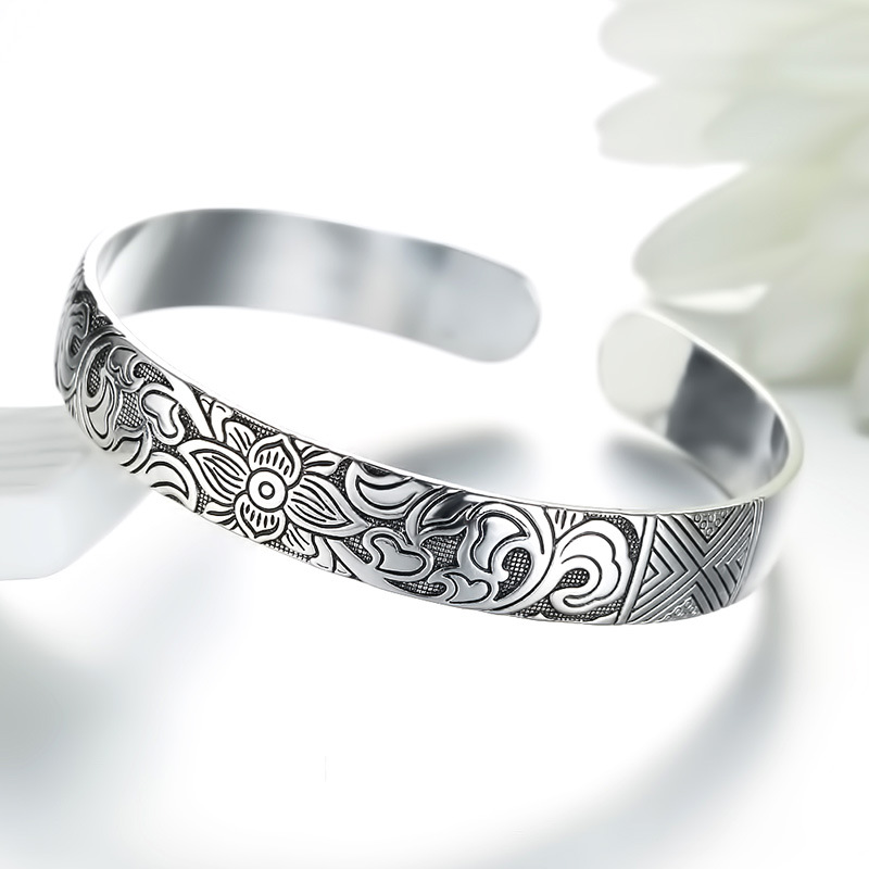 Lotus Thai Silver Color Brand Bracelet Retro Leaf Black Men Women New Jewelry Fashion High-quality Bangles