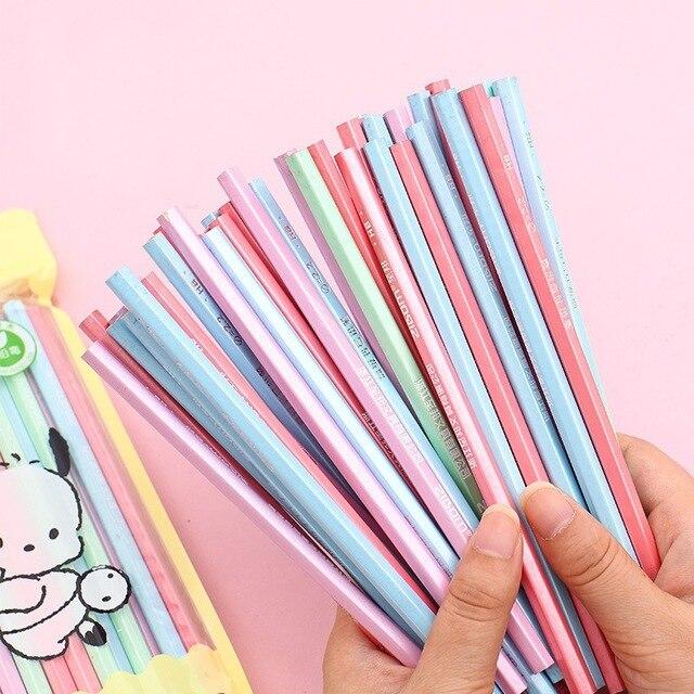 100 stücke Kawaii Holz Bleistifte HB Graphit Bleistift für Schule Büro Supplies Niedlich Schreibwaren Weihnachten Preise für Kinder Freies Verschiffen