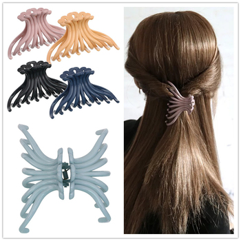 New Arrival Big Hair Claw Accessories Solid Clips For Ponytail Holders Bathing Hairdress  Good Quatliy Plastic Hairpins
