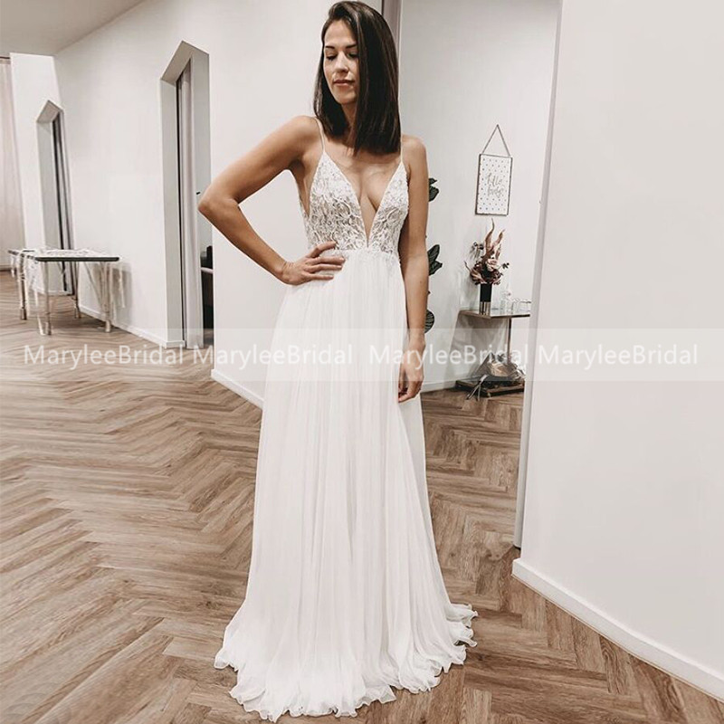 Sexy Boho Wedding Dress Lace Appliqued Backless Chiffon Beach Bridal Gowns Spaghetti Straps Wedding Party Dress Vestido De Noiva