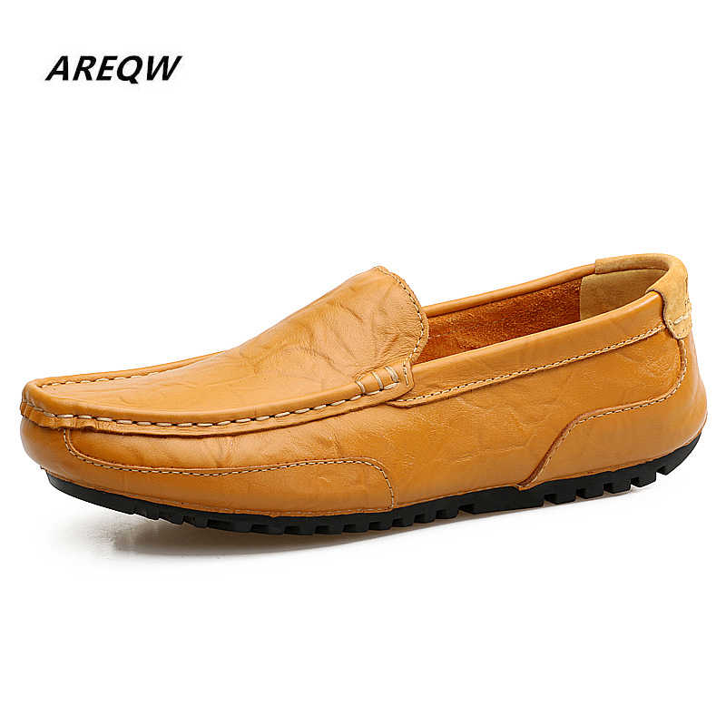AREQW Men Shoes Loafers Leather Lightweight Men 's Casual Footwear Brand Comfortable Spring Autumn Fashion Breathable Male Shoes