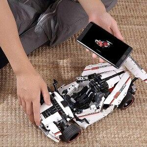Image 4 - Xiaomi MITU akıllı yapı taşları yol yarış arabası çocuk oyuncak elektrikli Bluetooth 5.0 APP akıllı uzaktan kumanda 900 + parçaları