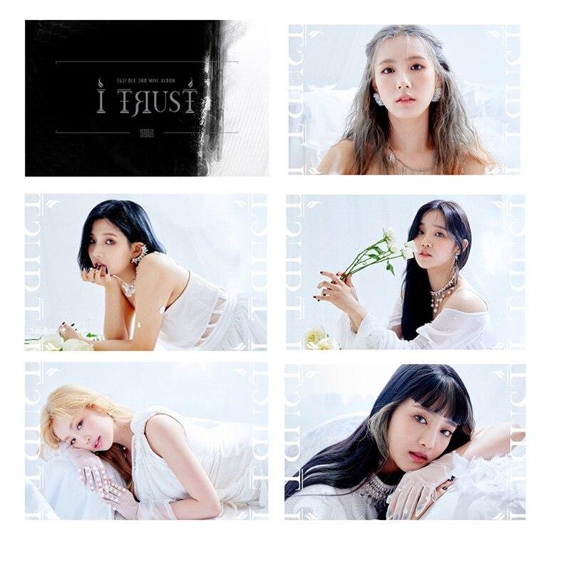 15 Pcs/Set Youpop KPOP GIDLE (G)I-DLE G-IDLE I TRUST I MADE Album LOMO Card Stickers K-POP New Fashion Self Made Paper Photocard