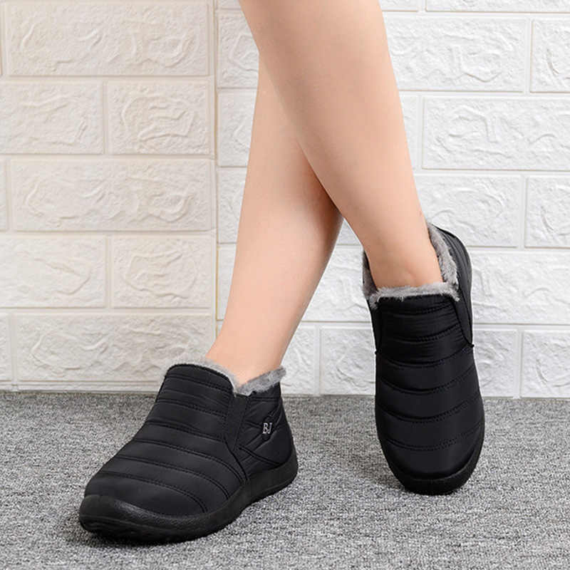 Botas de nieve cálidas para Mujer zapatos de invierno botas de tobillo impermeables ligeras botas de Mujer de fondo suave botas planas zapatos de Mujer
