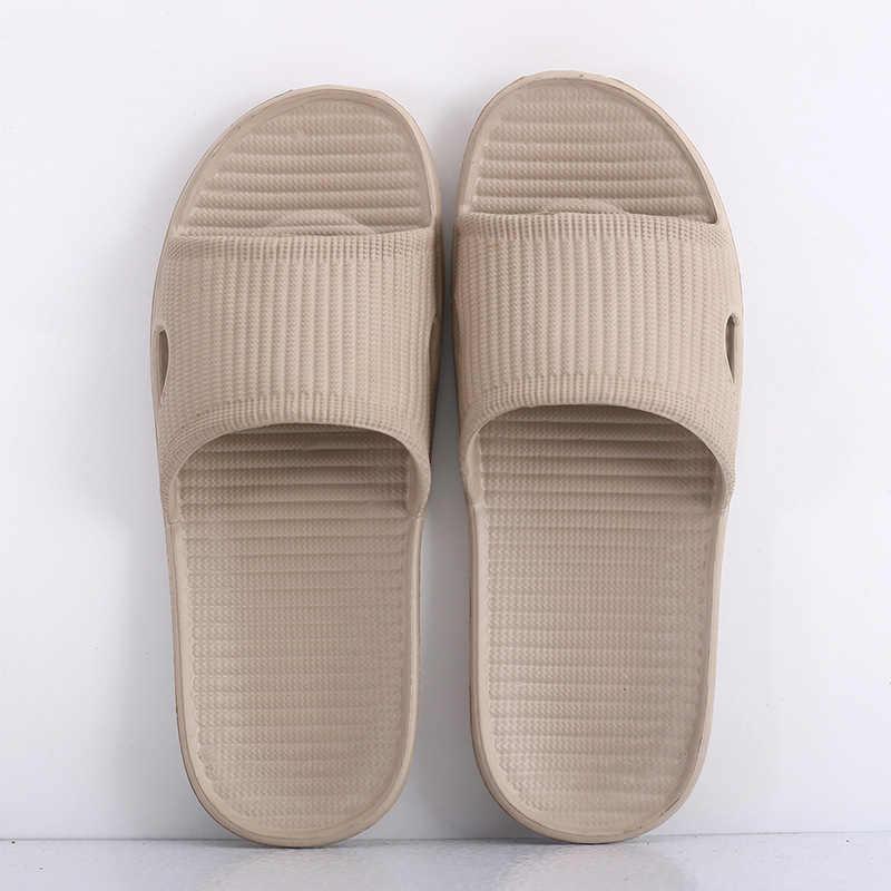 2019 גברים של קיץ חדש מקורה בית כפכפים חלקלק אור מלון נעלי נשי רך תחתון סנדלים ונעלי גברים של סיטונאי