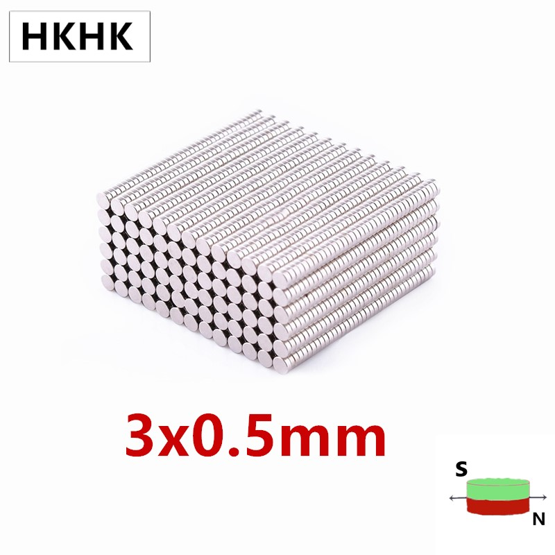 HKHK 100 шт. Мини Магнит Dia.3x0.5 мм 0,5 мм Мини магнитный датчик 3 мм x 0,5 мм Сильный магнитный стандарт 3x0,5 мм