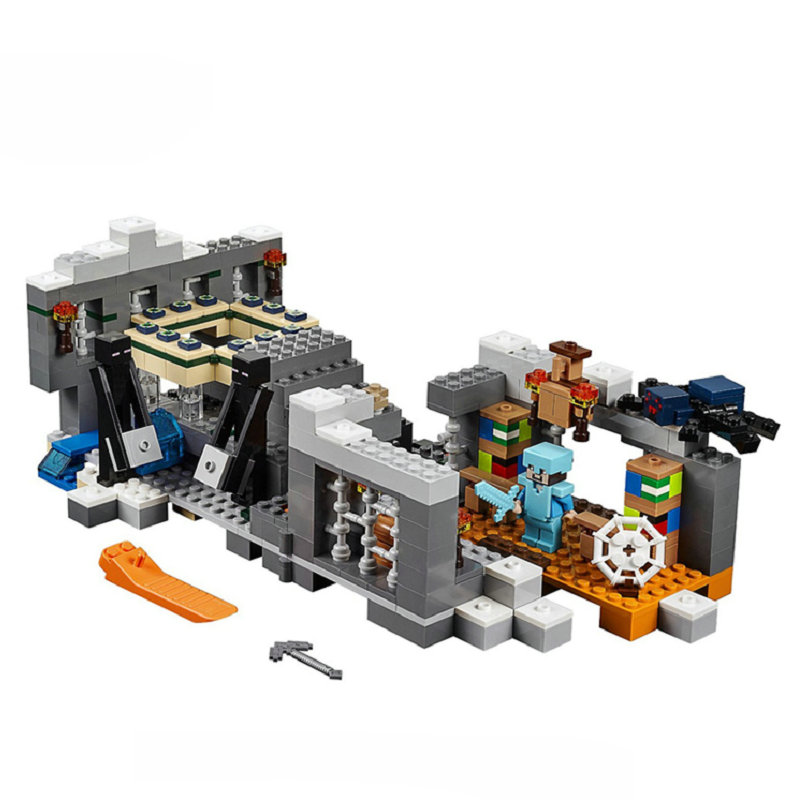 The End Portal Building Blocks With Steve Action Figures Compatible LegoINGlys MinecraftINGlys Sets Toys For Children 21124 1