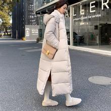 Женская зимняя куртка с капюшоном на хлопковом наполнителе