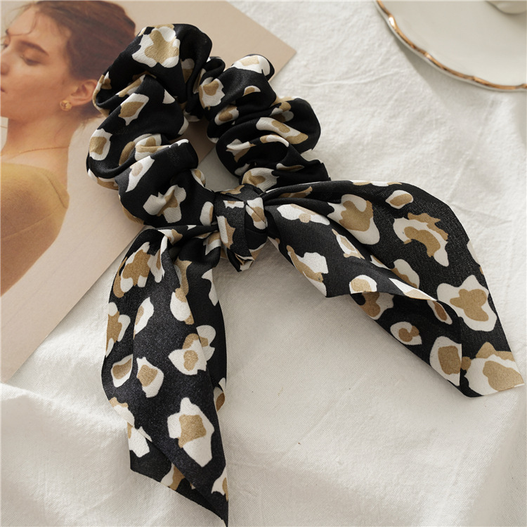 Hcd6907bc23984896a3f00bf69d10b69fs - Fashion Feamle Bow Knotted Hair Rope Long Streamer Scrunchies Vintage Leopard Girls Hairband Hair Scarf Hair Accessories