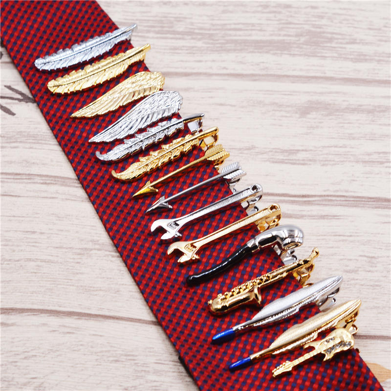 Men's Gift Tie Clip Wings Leaves Eagle Hu High Jian Tie Stick Pin Scarf Pin Wrench Cigarette Holder Shape Tie Bar GT300
