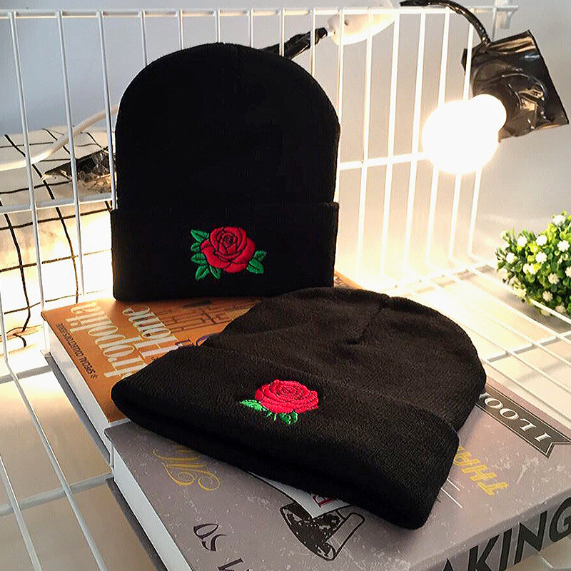 Winter Sale Unisex Short Paragraph Embroidery Rose Knitting Beanies Caps For Female Black Keep Warm Hedging Hats Drop Ship W63