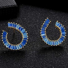 цена на Delicate Fashion Classic Geometric Crystal Rhinestone Copper Stud Earrings For Women Accessories Earrings Luxury Zircon Jewelry