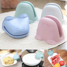 Microwave Oven Gloves Heat-Hot-Plate Anti-Scald Kitchen Thicken Silicone Insulated Organizer