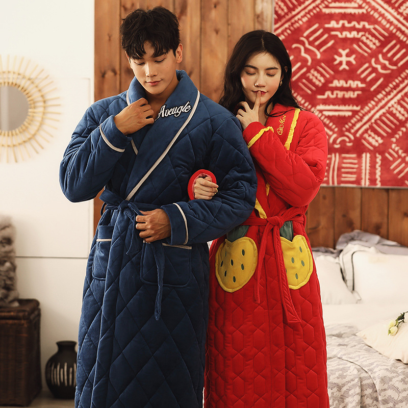 2019 New Young Men Women Winter Bathrobe Thick Warm Plus Velvet Cotton Robe Letters Strawberry Embroidery Home Dressing Gown