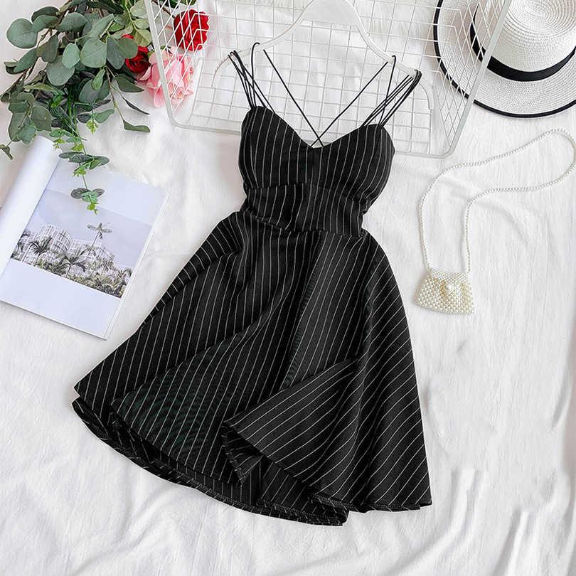 Taovk 女性夏レトロストライプ v ネック胸パッド薄型 a ラインふわふわビッグスイングドレス