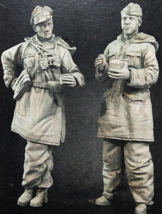 1/35  Ancient Officer At Rest  Include 2 In Winter   Resin Figure Model Kits Miniature Gk Unassembly Unpainted