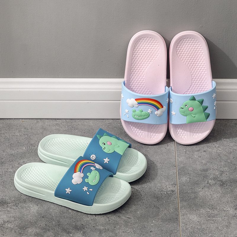 Kids Summer Slippers Girls Cartoon Rainbow Shoes Boys Cute Dinosaur Slippers Casual Beach Flip Flops Toddler House Shoe Pantufa