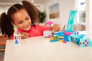 Image 4 - Original Mattel Polly Tasche Mädchen Haus Puppen Große Millionen Welt Schatz Box Luxus Auto Reise Anzug Mädchen Spielzeug Große Tasche welt