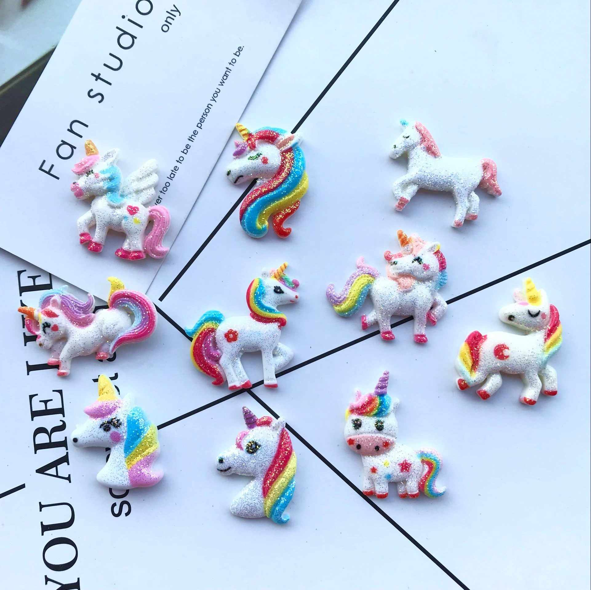 35mm Flat back resin Colorful unicorns earring charms resin  necklace pendant keychain charms for Christmas  DIY decoration