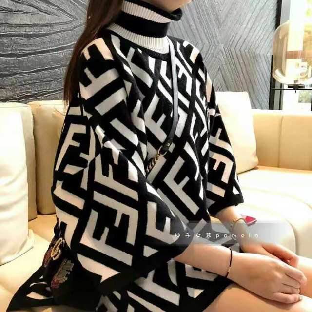Ladies new early autumn picture album with cape high collar split seven sleeve sweater 4