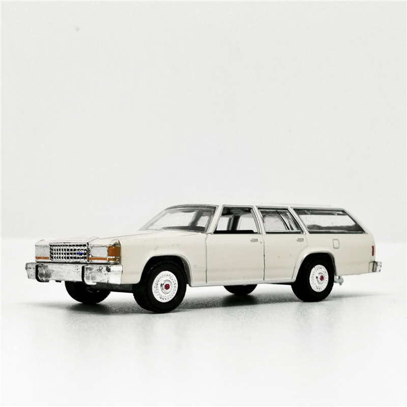 Greenlight 1:64 Ford LTD Crown Victoria Wagon White Diecast Model Car No Box