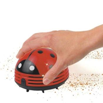 Mini Red Beetle A Forma di Angolo Portatile Desk Table Top Vacuum Cleaner Mini Sveglio sacchetto di Polvere Aspirapolvere Spazzatrice per la casa-in Scopa elettrica manuale da Casa e giardino su