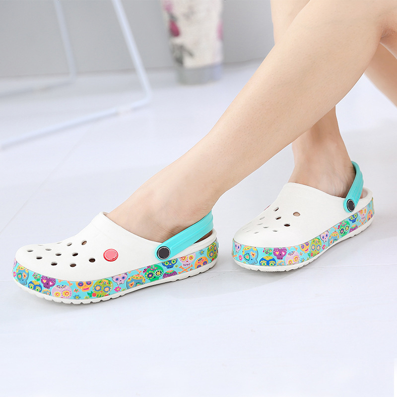 White Surgical Shoes Summer Unisex Medical Shoes Hospital Laboratory Beauty Salon Dental Clinic Pharmacy Doctor Nurse Work Shoes image