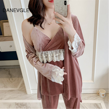 Danvegle ladies autumn and winter gold velvet sexy sling pajamas three-piece V-neck lace library  robe