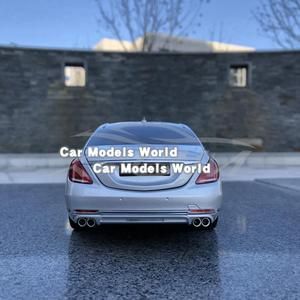 Image 2 - Diecast רכב דגם עבור כמעט אמיתי 900 S class 1:18 (כסף) + מתנה קטנה!!!!!