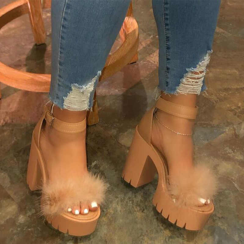 Kadın kürk kalın yüksek topuklu kadın sandalet bayanlar platformu moda ayakkabı kadın toka kapak topuklu parti ayakkabı yaz yeni 2020