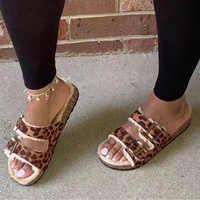 Donne di Inverno Pantofole Scarpe Leopardo Hollow Tacco Piatto Piattaforma di Pelliccia Suola Muli Spiaggia Delle Signore Presentazioni Aziende Produttrici Giochi Del Partito Sandali Zapatos De Mujer