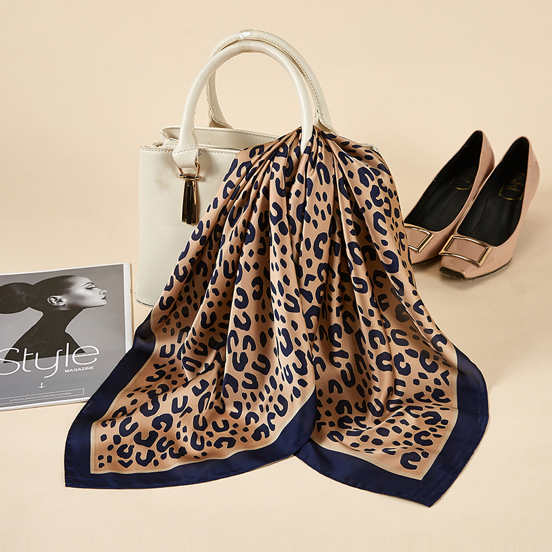 Women Silk Scarf Small Square Silk Scarves NeckerChief Satin Kerchief For Girls Dots With Anima Printed Fahsion Neck Hair Scarfs