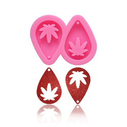 2020 Autumn Resin Epoxy Silicone Mold Pink 2 Hole Maple Leaf Shape For Crystal Keychain Fondant Resin mold Cake Decoration Tool