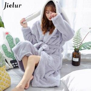 Image 1 - Jielurサンゴのベルベットのバスローブ女性漫画かわいい暖かいフード付きローブウサギフランネル着物バスローブドレッシングガウンパジャマ