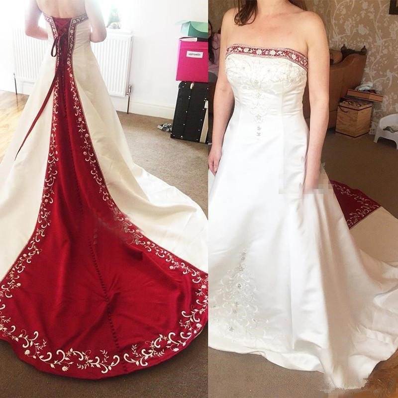 Red and White Gothic Wedding Dresses 2020 Vintage Strapless Lace-up Corset Back Plus Size Lace Stain Embroidery wedding gown