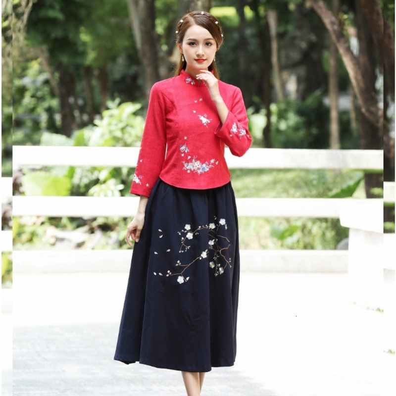 Red Long Sleeve Blouse Suit Chinese Style Blouse Embroidered Velvet Shirts  Qipao Tops Costume Lady Tea Ceremony Serve Suit