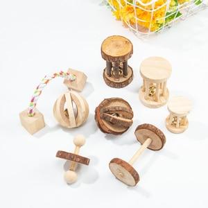 """Image 5 - Милые натуральные деревянные игрушки кролики сосновые гантели деревянная игрушка """"шар"""" роликовые игрушки Жвачки для морских свинок крысы маленькие домашние моляры"""