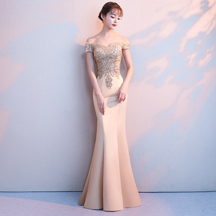 A Line Elastic Satin Applique Beading Crystals Sweetheart Boat Neck Evening Dresses Formal Dresses Floor Length in Evening Dresses from Weddings Events