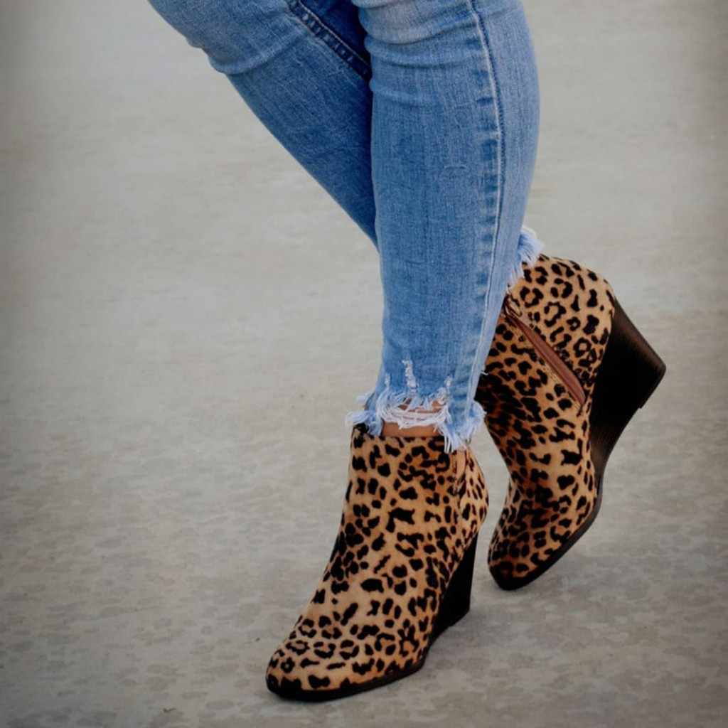 Leopard Print Women Suede Ankle Boots High Heel Wedges Winter Wild Sexy Short Boot Lady Classic Rome Style Pointed Shoes Casual