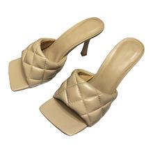 Женские туфли из натуральной кожи на высоком каблуке без застежки