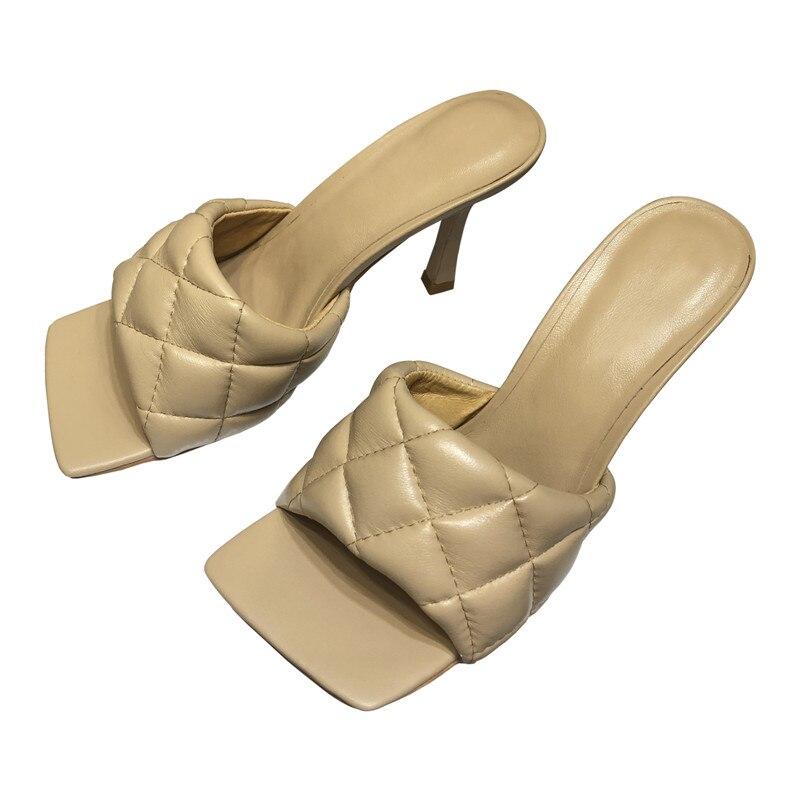 2020 женские шлепанцы; туфли из натуральной кожи с квадратным носком и ромбовидным узором; популярные летние туфли на высоком каблуке; Лидер п