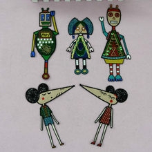 Cartoon Robot Cute Child Embroidered Patches For Clothing DIY Stripes Applique Clothes Stickers Iron On Patches Badges(China)