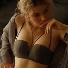 Deruilady sexy frente cruz sutiã underwear sem fio sem costas bralette topo strapless push up sutiã invisível para mulher lingerie sexy