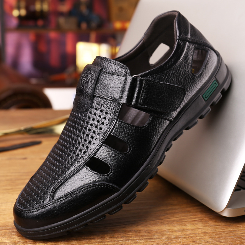 Genuine Leather Men Summer Sandals Breathable Casual Shoes Men Hollow Sandals Soft Moccasins High Quality Men Shoes Yujw
