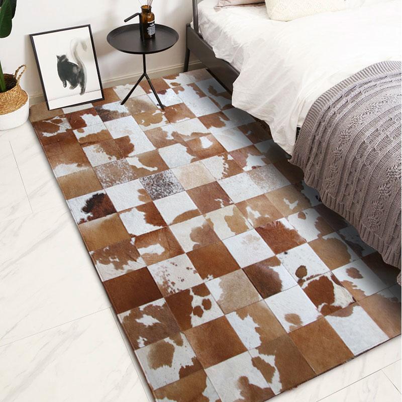 American Style Cowhide Patchwork Carpet , Big Size Genuine  Cow Skin Fur Brown Plaid Decorative Bedside Rug