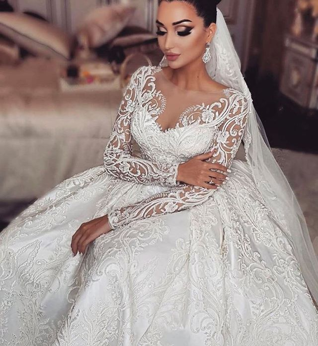 Gorgeous Lebanon Bride Embroidery Lace Ball Gown Wedding Dresses 2019 O Neck Royal Train Satin Long Sleeve Bridal Wedding Gowns