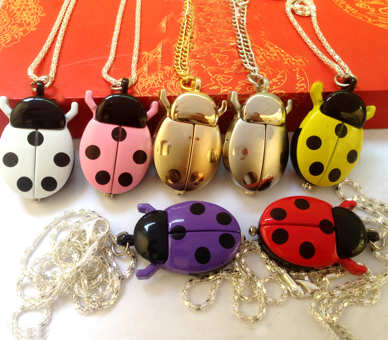 Creative Fashion Small Ladybug Pocket Watch New Fashion European And American Jewelry Small Pocket Watch