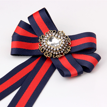 SUQI new stripe Navy Ribbon Bow Ties Rhinestone Crystal Brooches Pins Jewelry Women Collar Corsage Necktie Broche School Style fashion women ribbon brooches college black white stripe big brand red bee brooch pins for school girl corsage collar jewelry