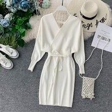Женское трикотажное мини платье элегантное офисное белое теплое